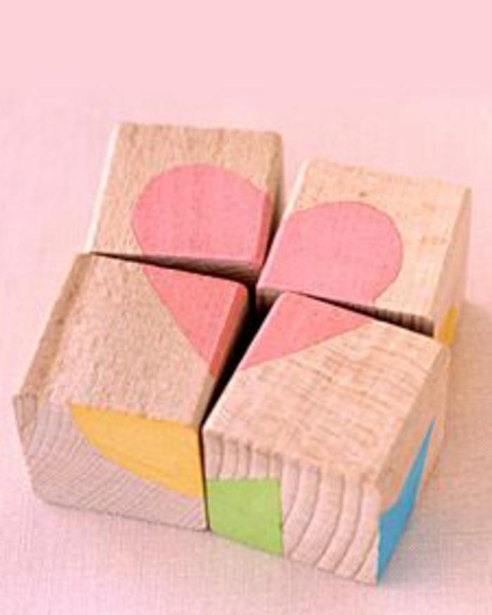 jouets-en-bois-puzzles-avec-cubes-de-bois