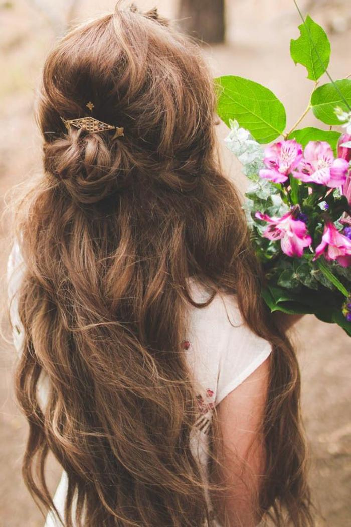 la-coiffure-cheveux-fins-cheveux-ondulé-vintage-idée-jolie