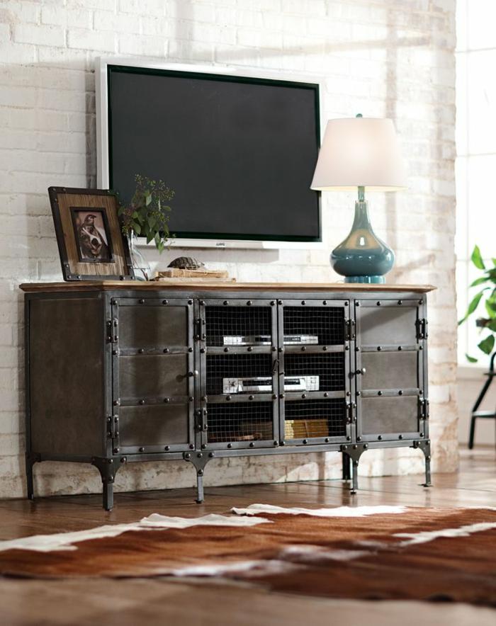 la-salle-de-séjour-style-industriel-meuble-tv-en-fer
