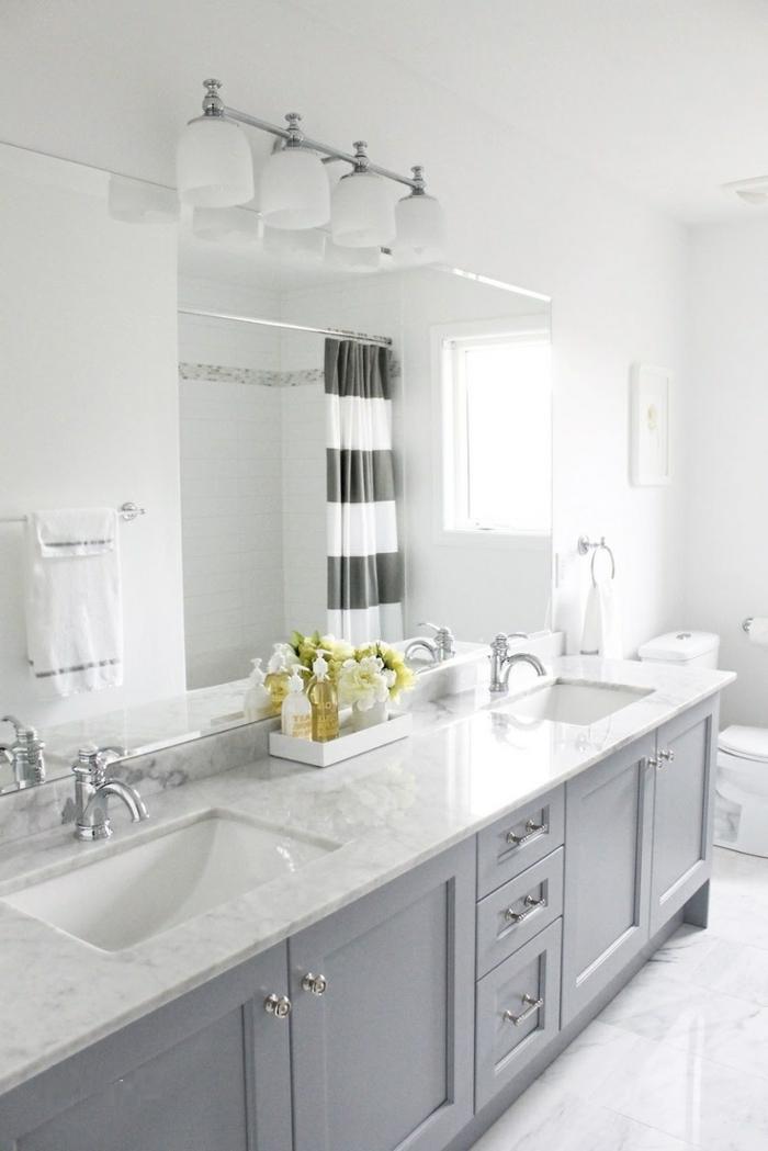le-meuble-sous-lavabo-salle-de-bain-lumineuse