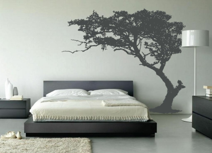 le-pochoir-mural-pochoir-frise-murale-une-arbre-dans-chambre-à-coucher