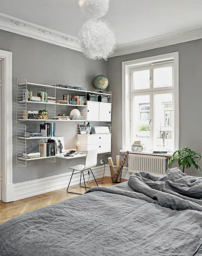 linge-de-lit-en-lin-étagère-murale-bureau