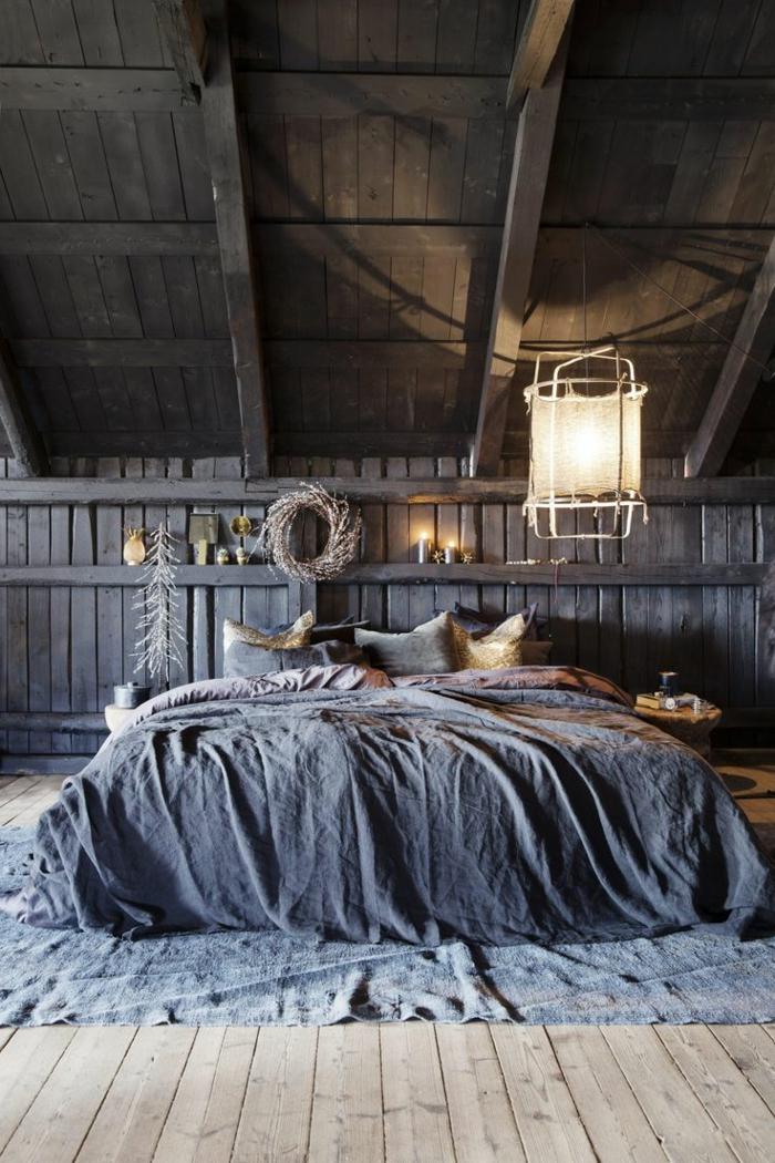 linge-de-lit-en-lin-chambre-attique-de-style-rural