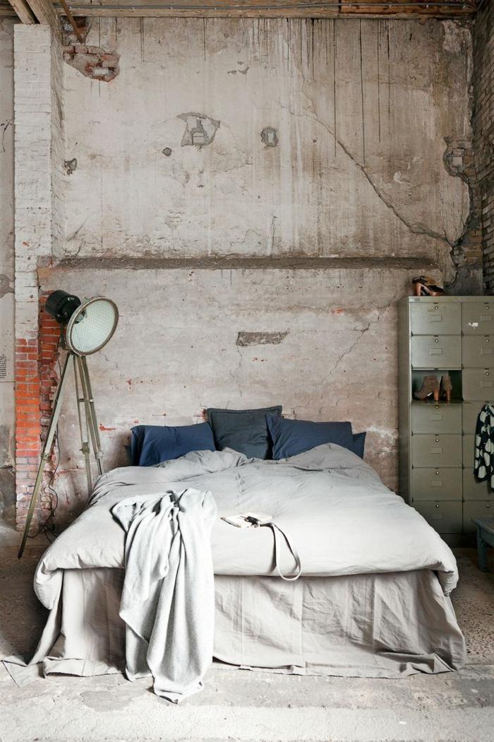 linge-de-lit-en-lin-décor-loft-industriel