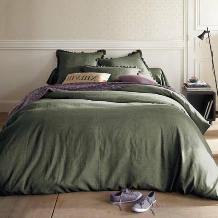 linge-de-lit-en-lin-décoration-moderne-pour-la-chambre-à-coucher