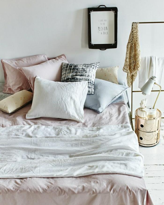 linge-de-lit-en-lin-intérieur-absolument-adorable