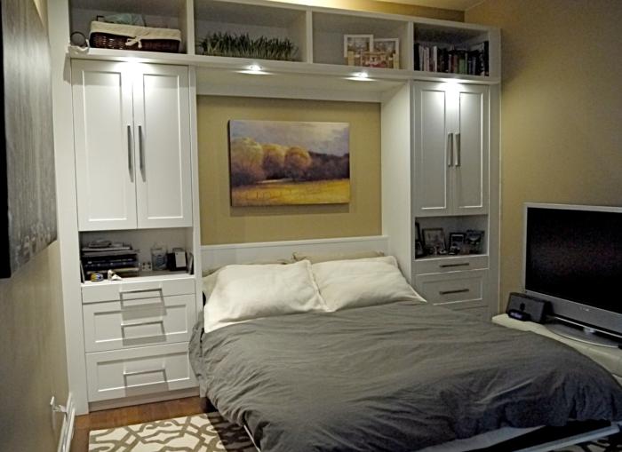 lit-coforama-lit-pliant-meubles-dans-la-chambre-a-coucher-tapis-beige-meubles-chambre-a-coucher