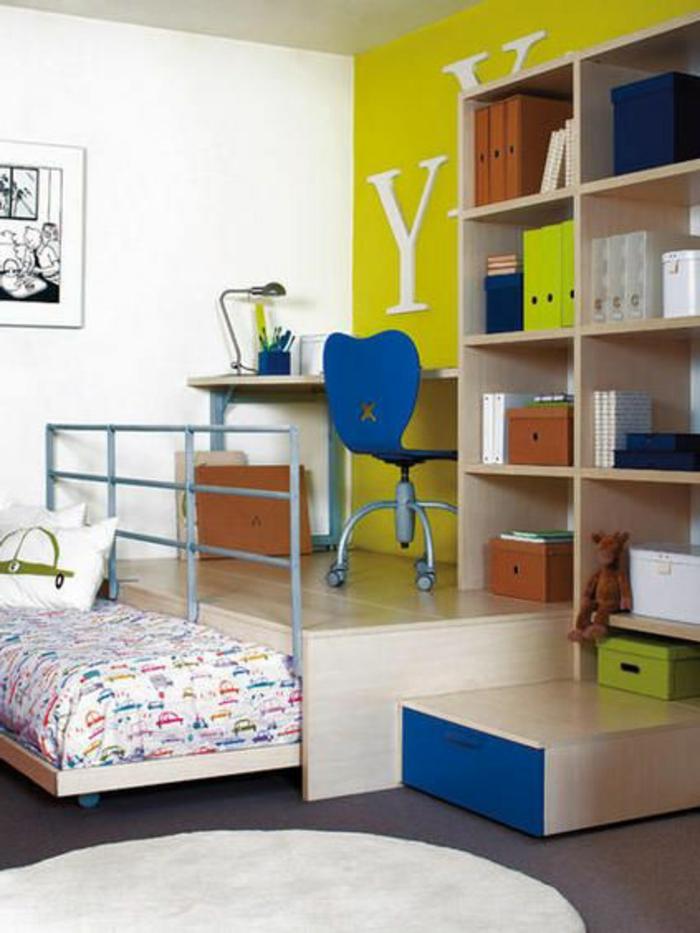 lit-d-appoint-pliant-chambre-d-enfant-murs-blanc-jaune-idée-aménagement-chambre-d-enfant