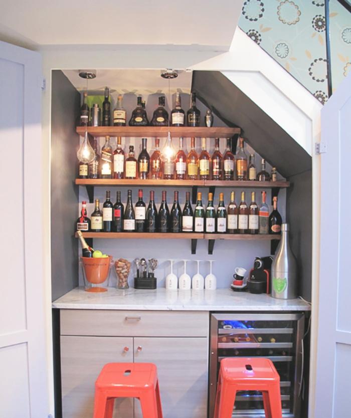 Quel meuble sous escalier choisir for Amenagement etagere cuisine