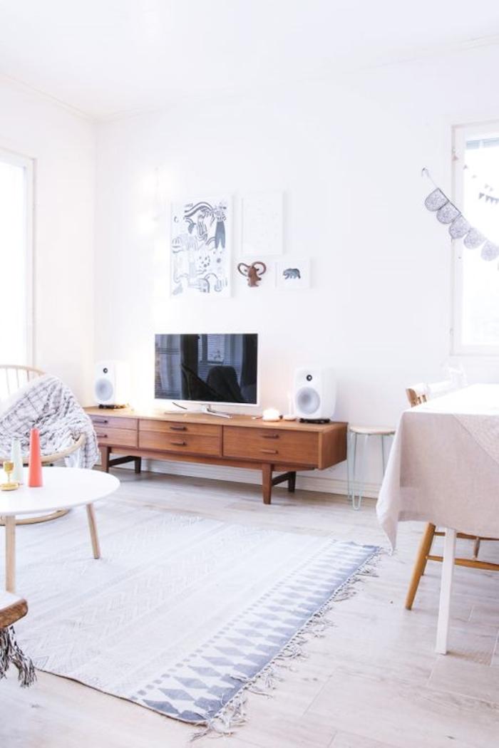 meuble-tv-scandinave-intérieur-de-style-scandinave-meubles-scandinaves-de-couleur-taupe
