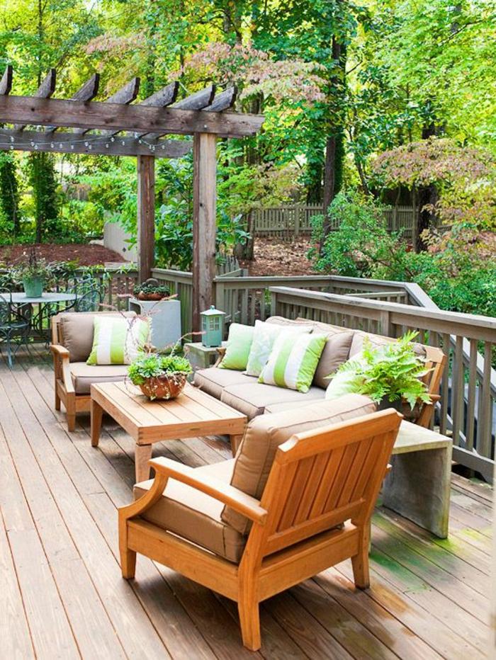 meubles-de-jardin-en-bois-canapé-en-bois-tables-et-chaises-de-jardin