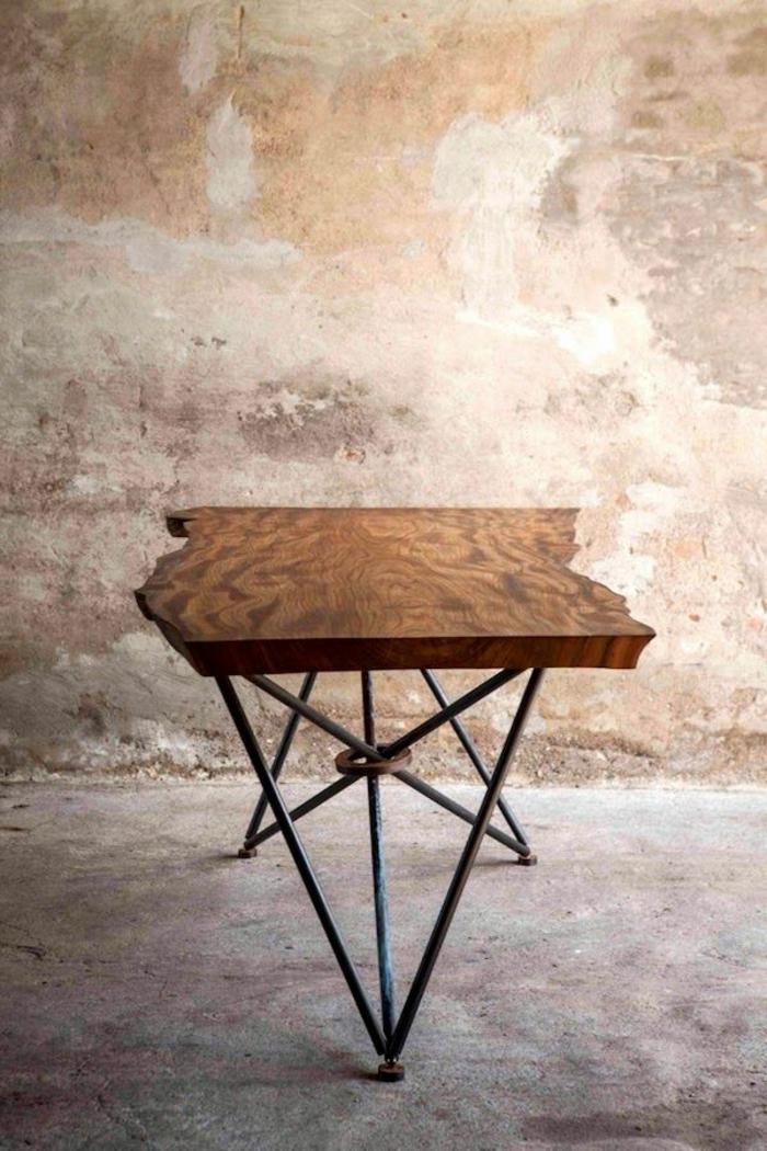 meubles-en-bois-brut-table-artistique-design-bois-brut-et-fer