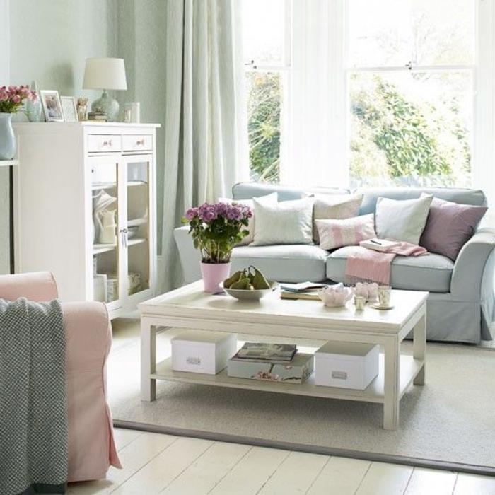 meubles-scandinaves-palaiseau-canapé-bleu-avec-coussins-décoratifs-colorés-meubles-de-salon