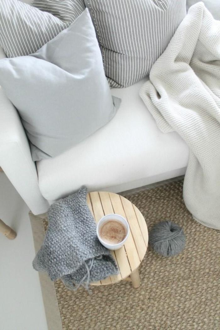 meubles-scandinaves-palaiseau-meubles-de-couleur-taupe-salon-scandinave