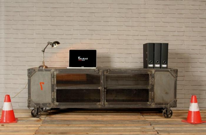 meubles-style-industriel-le-meuble-tv-idée