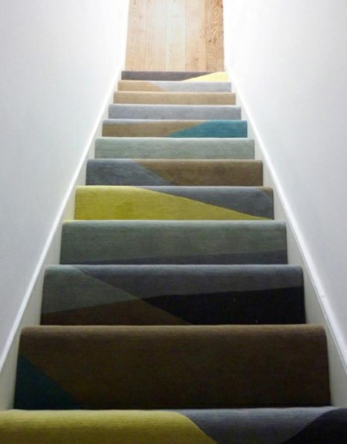 moquette-escalier-leroy-merlin-tapis-escalier-coloré-tapis-pour-escalier-maison-moderne