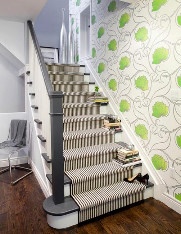 moquette-escalier-leroy-merlin-tapis-escalier-en-bois-dans-le-couloir-moderne-designe