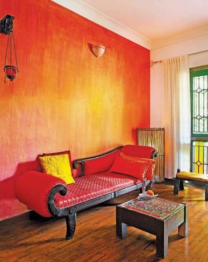 mur-rouge-canapé-rouge-couleur-carmin-intérieur-moderne-sol-en-parquet