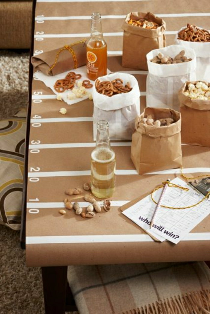 nappe-de-table-en-papier-beige-nappe-jetable-set-de-table-en-papier