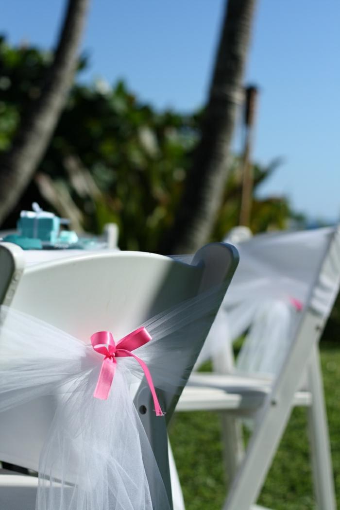 noeud-de-chaise-fantastique-en-rose-et-blanc