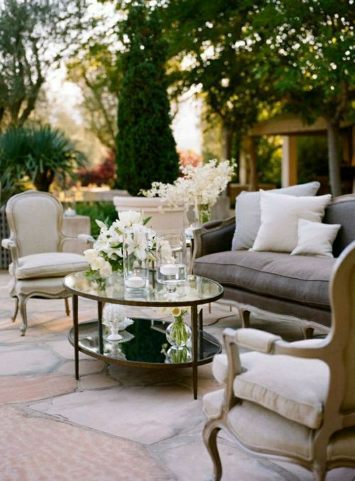 On va vous guider dans le choix de la petite table basse for Ameublement de jardin