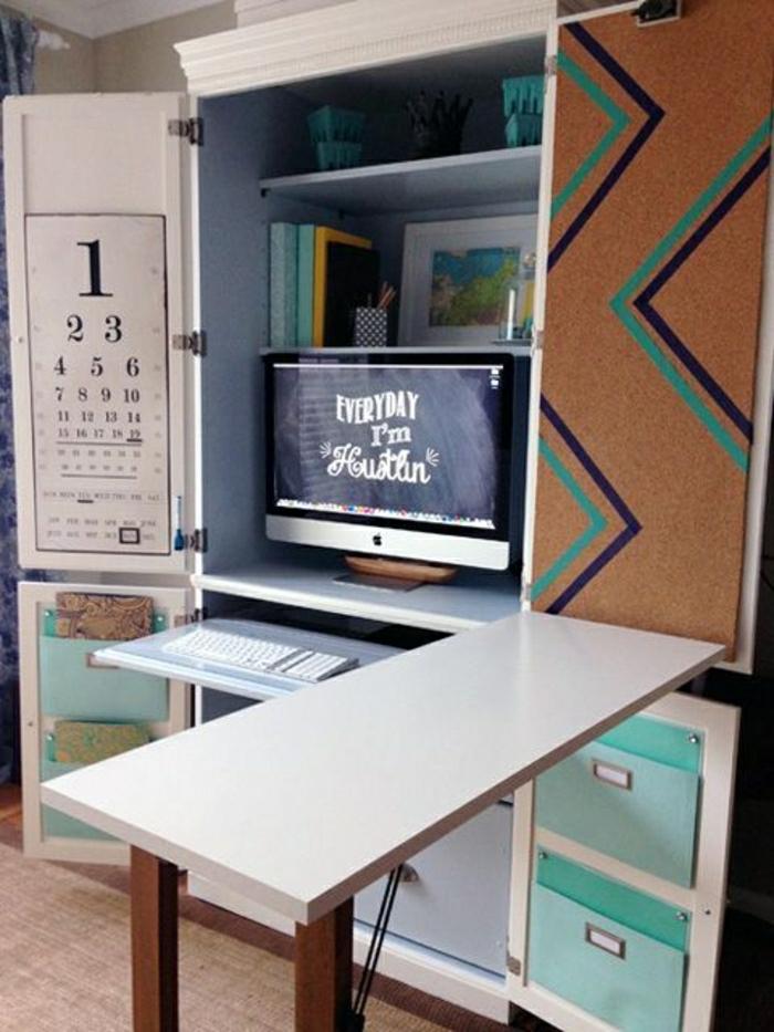 petite-table-pliante-en-bois-de-couleur-blanche-table-pour-un-coin-de-travail