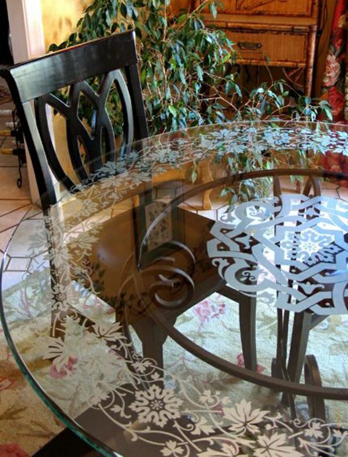 plateau-de-table-en-verre-verre-trempé-table-de-cuisine-de-style-classique