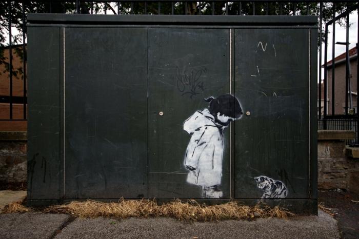 pochoir-street-art-tableau-enfant-et-chaton