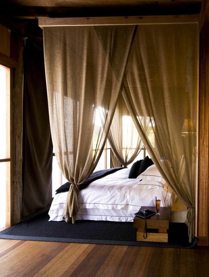 Le rideau en lin une belle d coration pour l 39 int rieur for Rideaux chambre a coucher