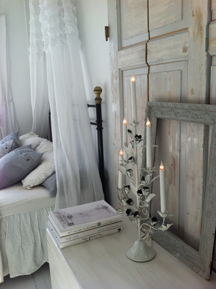 rideau-en-lin-ciel-de-lit-en-laine-bougeoir-antique-lumières-led