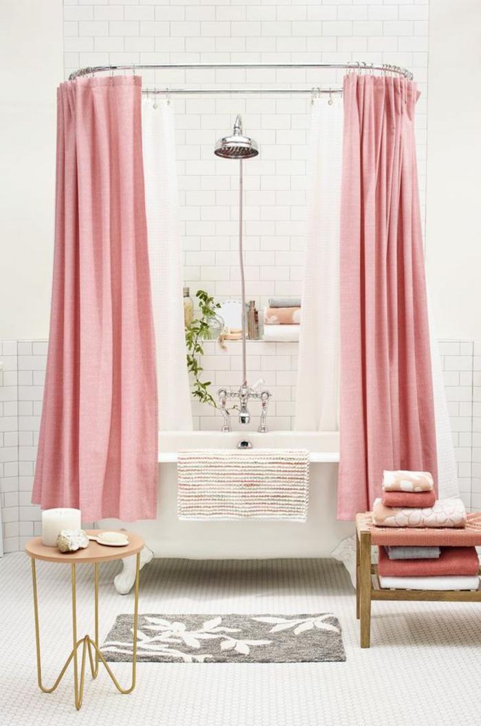 rideau-en-lin-rideau-lin-rose-dans-la-salle-de-bains