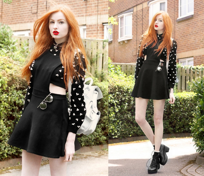 robe-chasuble-des-bottes-lourdes-noires