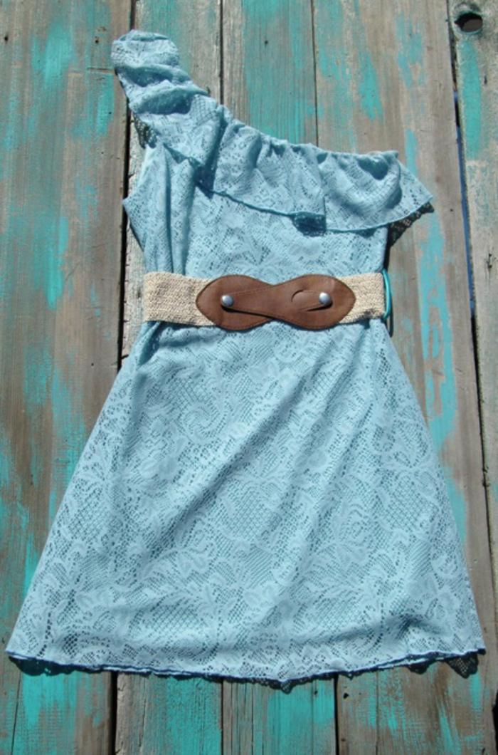 robe-de-soirée-bleu-marine-robe-bleue-marine-courte-pour-la-soirée