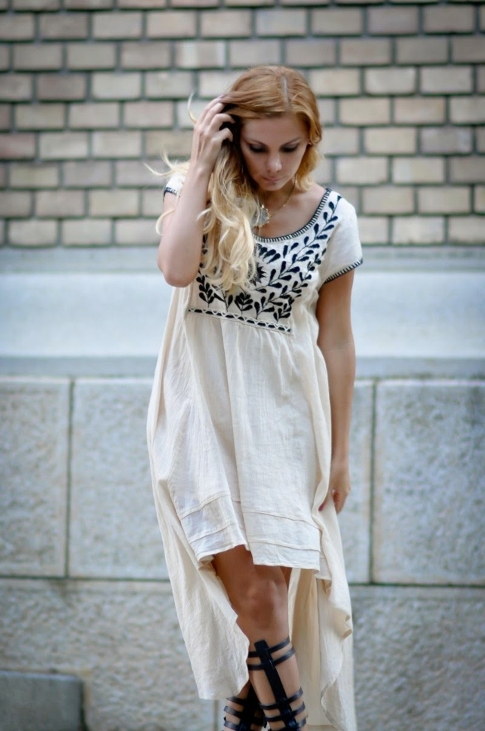robe-tunique-courte-devant-longue-derrière