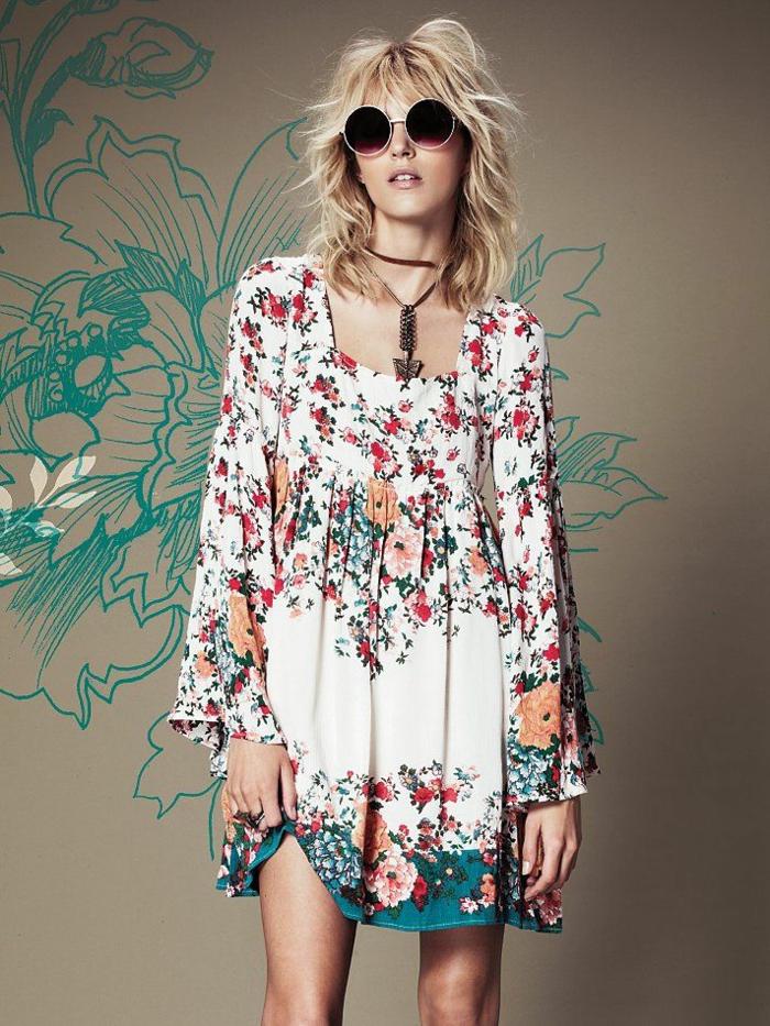 robe-tunique-florale-et-gaie