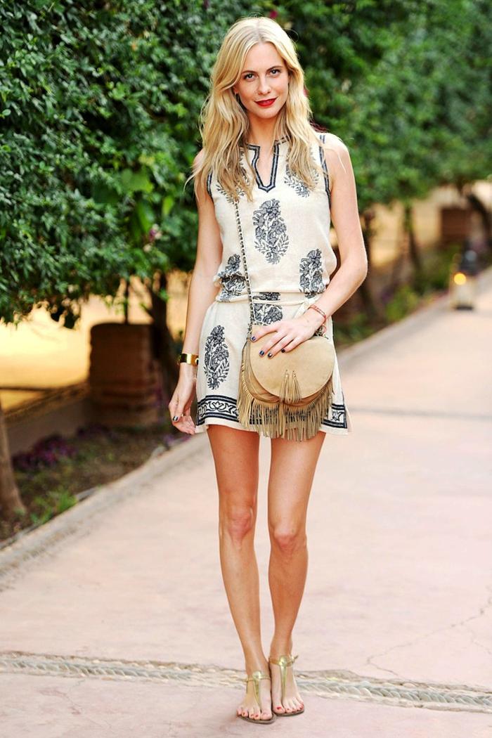 robe-tunique-intéressante-tenue-vintage