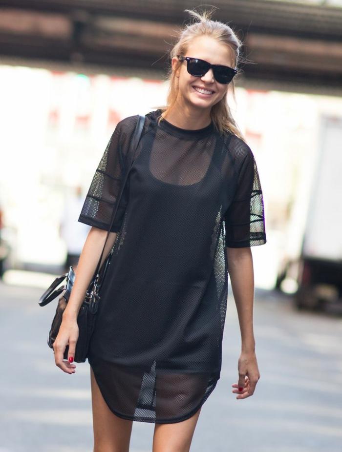 robe-tunique-noire-transparente