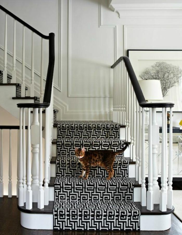 saint-maclou-moquette-pour-escalier-tapis-pour-escalier-blanc-noir
