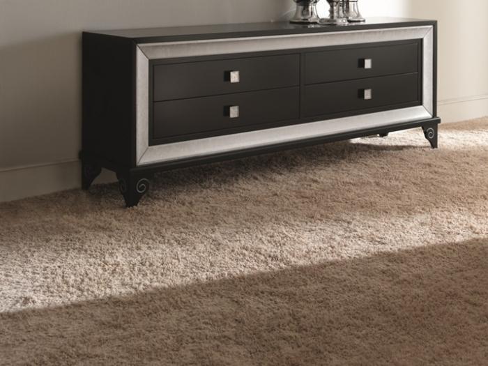 salon-bahuts-noirs-laqués-originale-style-tapis