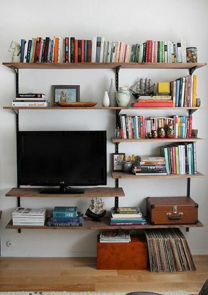 salon-stylé-avec-meuble-tv-industriel-étagère-bois-et-fer