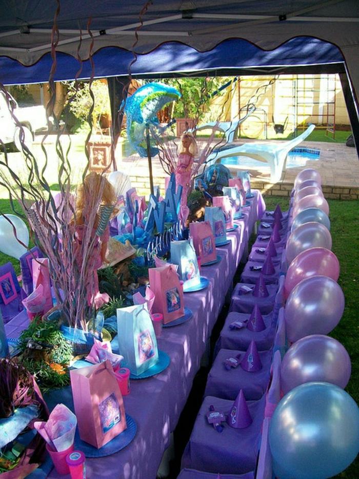 set-de-table-jetable-set-de-table-en-plastique-anniversaire-fille