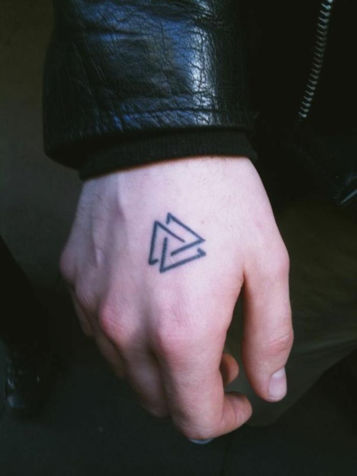significations-tatouages-tatouages-géométriques-detail