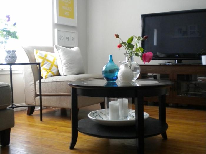 table-basse-industrielle-meuble-télé-confortable