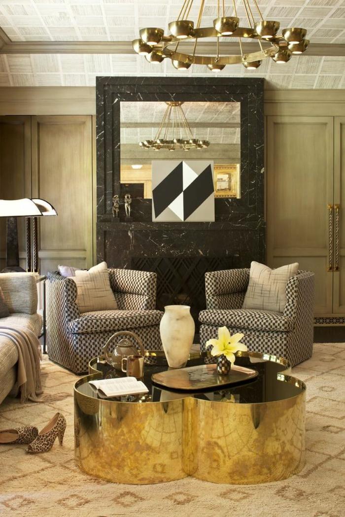 table-basse-ronde-métallique-dorée-séjour-extravagant