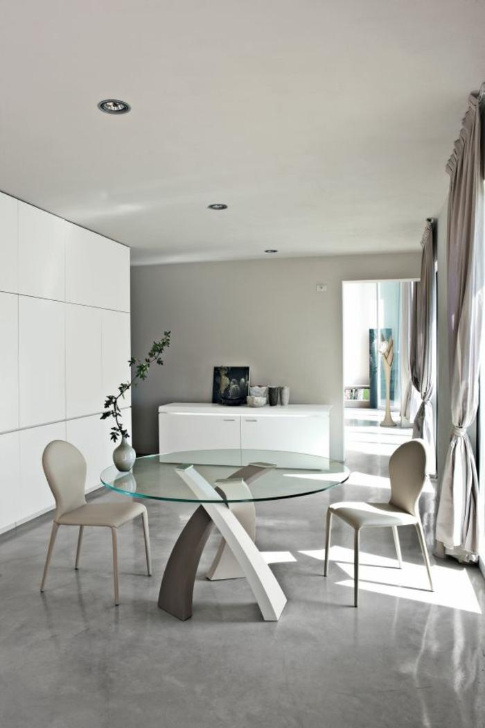 table-basse-ronde-salle-élégante-en-gris-pâle-et-blanc