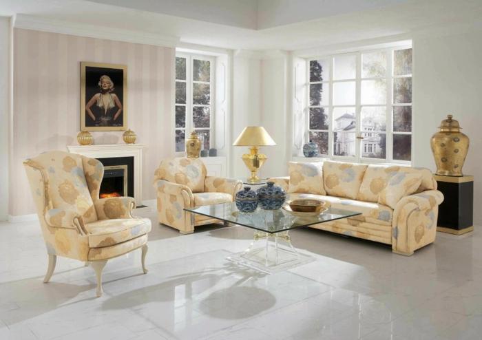 table-carrée-appartement-sophistiqué-en-beige-et-blanc