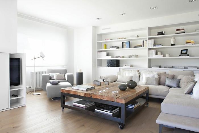 table-carrée-bois-et-fer-étagères-blanches