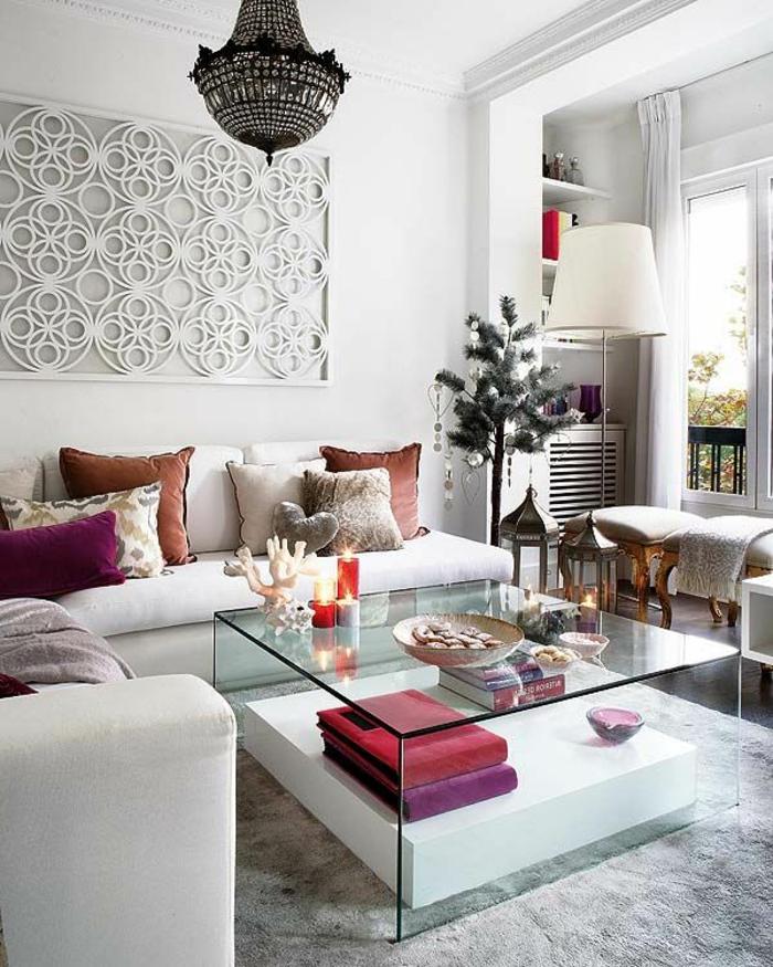 table-carrée-en-verre-salle-de-séjour-magnifique