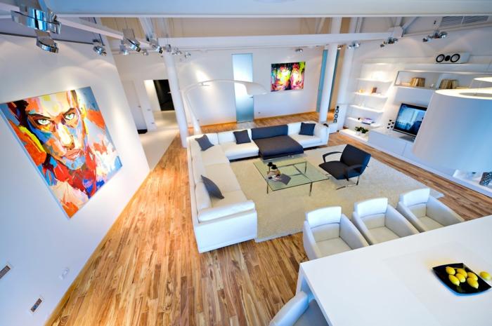 table-carrée-stratifié-murs-blancs-un-grand-loft-phénoménal