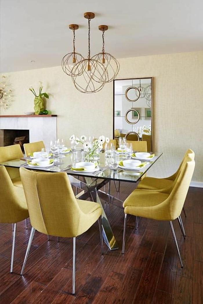 table-carrée-verre-et-acier-table-de-déjeuner